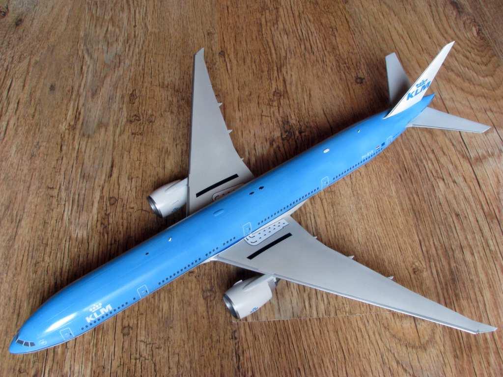 1:144 Zvezda Boeing 777-300ER by Pawel