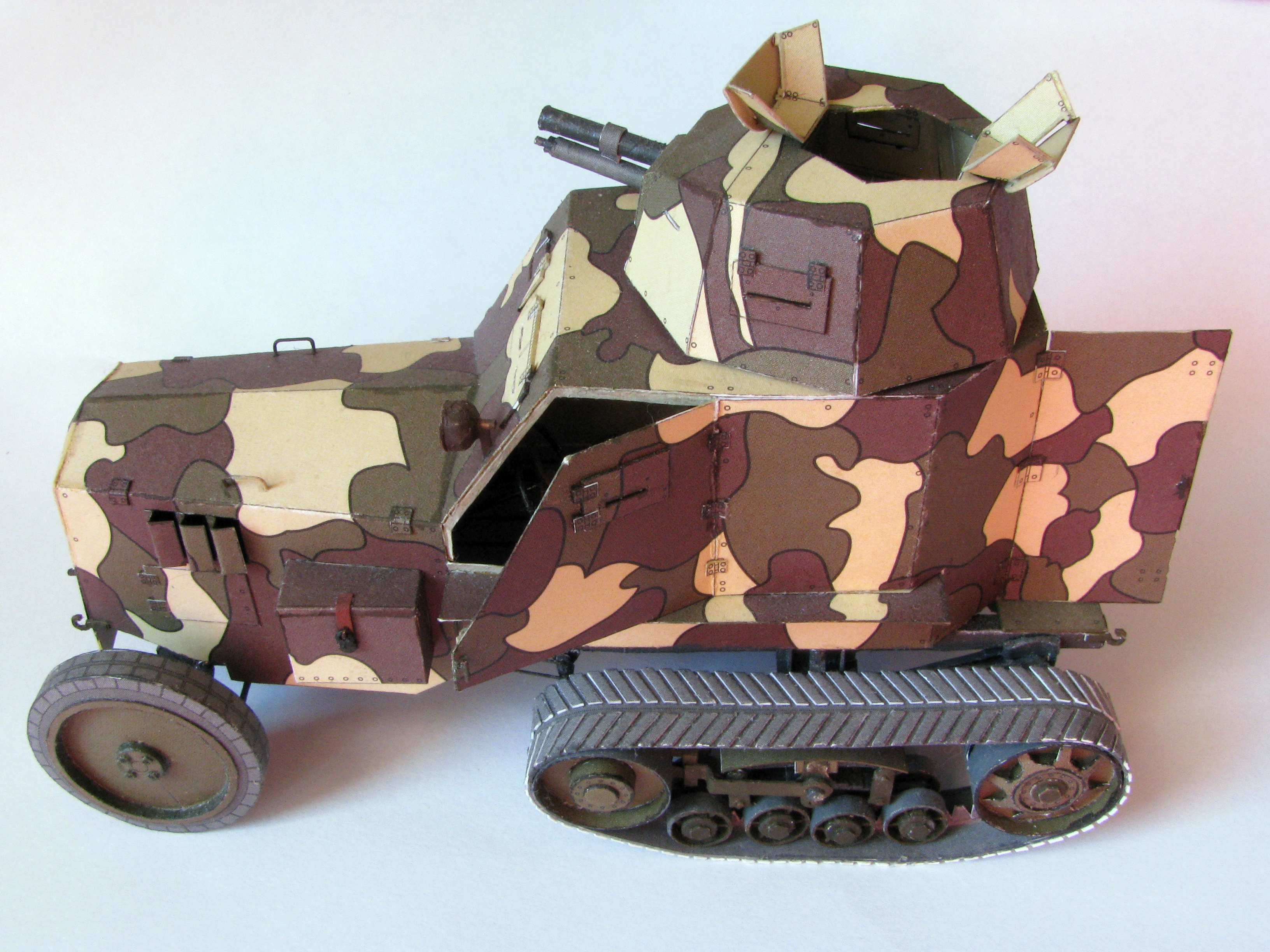 1:25 Polish wz.28 armored car by Pawel